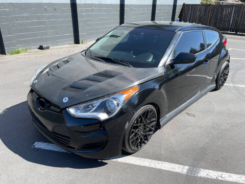 2015 Hyundai Veloster for sale at APX Auto Brokers in Lynnwood WA