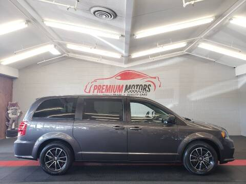 2019 Dodge Grand Caravan for sale at Premium Motors in Villa Park IL