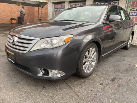 2011 Toyota Avalon for sale at DRIVE TREND in Cleveland OH