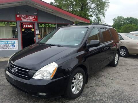 2008 Kia Sedona for sale at Best Deal Motors in Saint Charles MO
