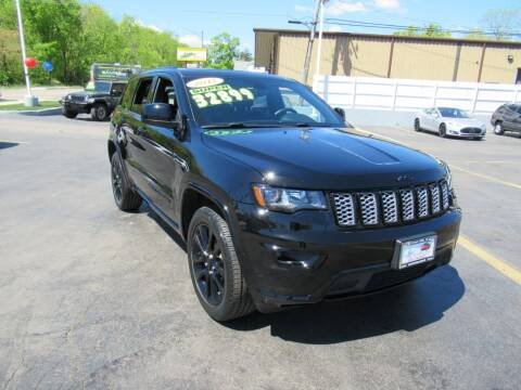 2017 Jeep Grand Cherokee for sale at Auto Land Inc in Crest Hill IL