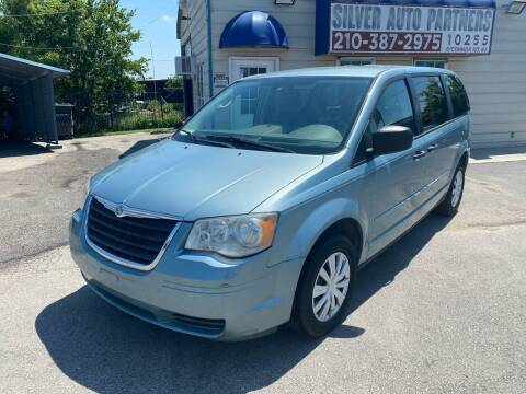2008 Chrysler Town and Country for sale at Silver Auto Partners in San Antonio TX