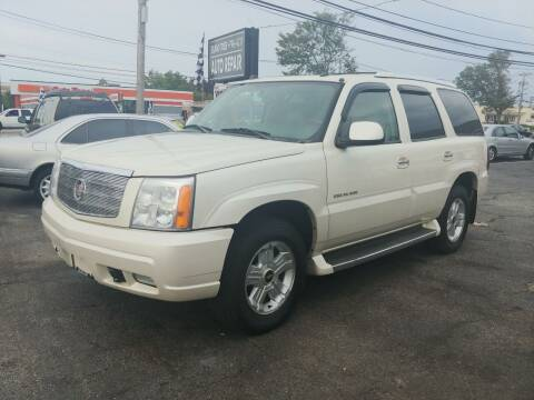 2005 Cadillac Escalade for sale at Viking Auto Group in Bethpage NY