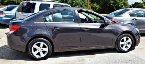 2015 Chevrolet Cruze for sale at PINNACLE ROAD AUTOMOTIVE LLC in Moraine OH