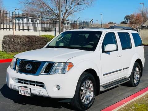 2010 Nissan Pathfinder for sale at United Star Motors in Sacramento CA