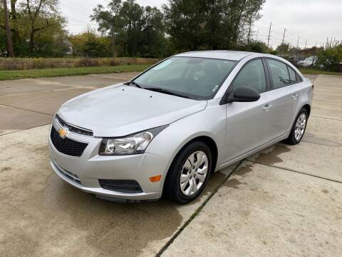 2014 Chevrolet Cruze for sale at Mr. Auto in Hamilton OH
