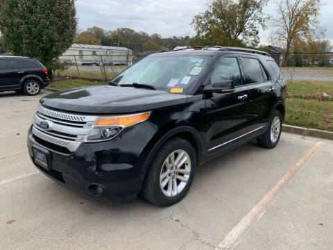 2013 Ford Explorer for sale at Diana Rico LLC in Dalton GA