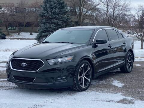 2014 Ford Taurus for sale at North Imports LLC in Burnsville MN