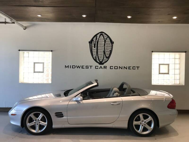 2004 Mercedes-Benz SL-Class for sale at Midwest Car Connect in Villa Park IL