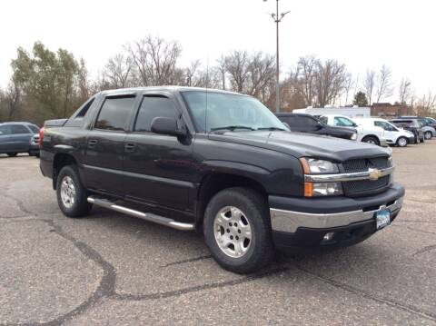 2005 Chevrolet Avalanche for sale at MOTORS N MORE in Brainerd MN