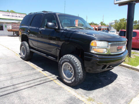 2002 GMC Yukon for sale at Governor Motor Co in Jefferson City MO