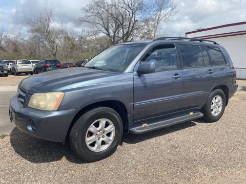 2002 Toyota Highlander for sale at M & M Motors in Angleton TX