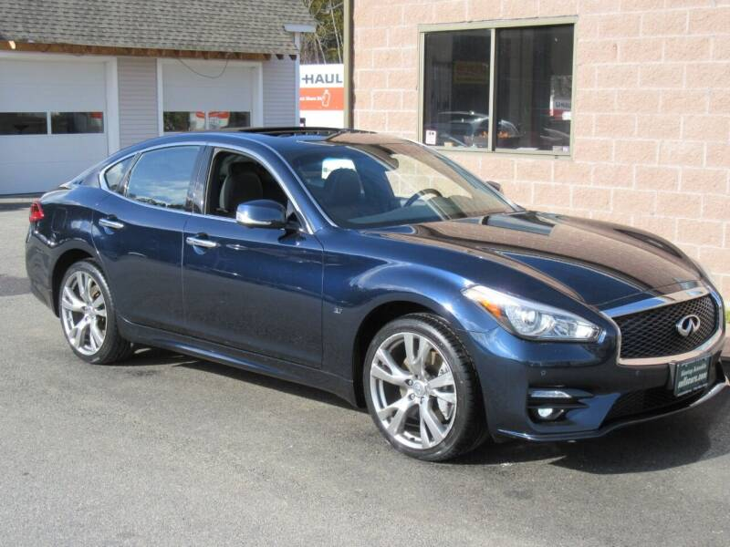 2019 Infiniti Q70 for sale at Advantage Automobile Investments, Inc in Littleton MA