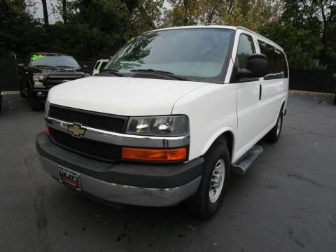 2015 Chevrolet Express Passenger for sale at LULAY'S CAR CONNECTION in Salem OR