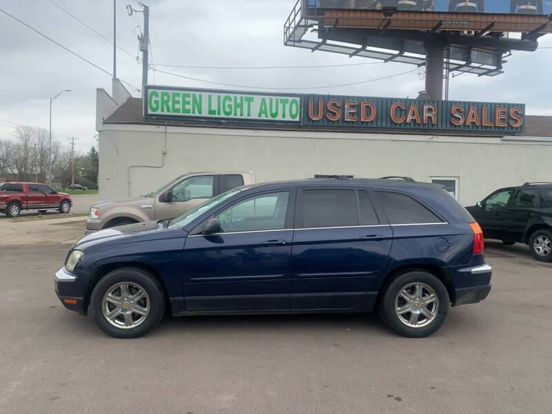2004 Chrysler Pacifica for sale at Green Light Auto in Sioux Falls SD