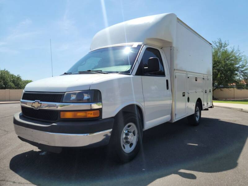 2015 Chevrolet Express Cutaway for sale at AZ Work Trucks And Vans in Mesa AZ