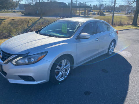 2017 Nissan Altima for sale at Augusta Auto Sales in Waynesboro VA