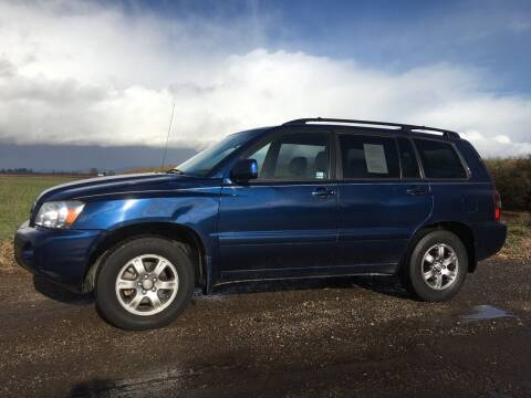2005 Toyota Highlander for sale at M AND S CAR SALES LLC in Independence OR