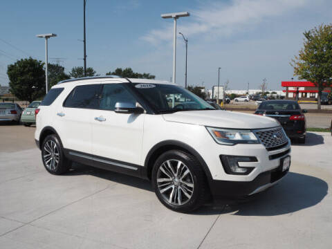 2016 Ford Explorer for sale at SIMOTES MOTORS in Minooka IL