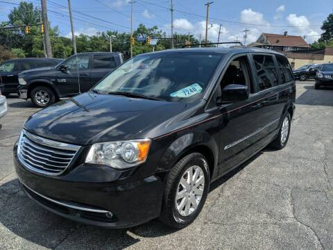 2015 Chrysler Town and Country for sale at Richland Motors in Cleveland OH