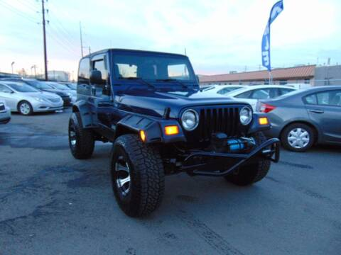2005 Jeep Wrangler for sale at Avalanche Auto Sales in Denver CO
