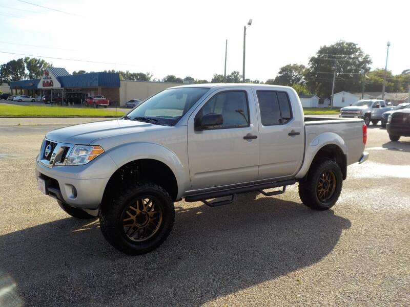 2019 Nissan Frontier for sale at Young's Motor Company Inc. in Benson NC