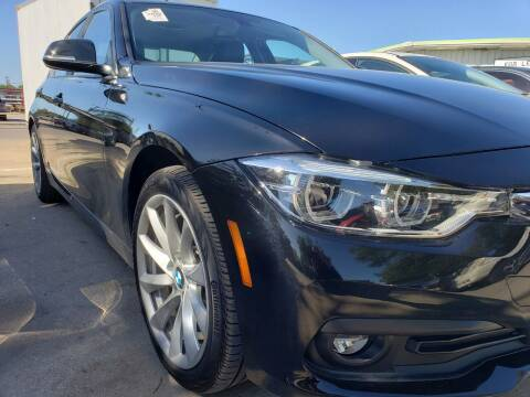 2018 BMW 3 Series for sale at DFW AUTO FINANCING LLC in Dallas TX