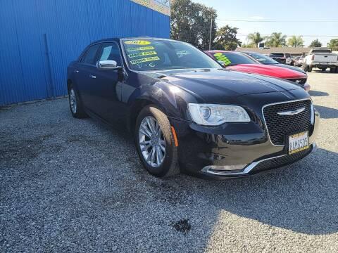 2015 Chrysler 300 for sale at La Playita Auto Sales Tulare in Tulare CA