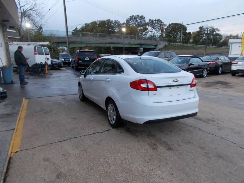 2012 Ford Fiesta SE 4dr Sedan - Keyport NJ