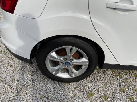 2014 Ford Focus for sale at Claborn Motors, INC in Cambridge City IN