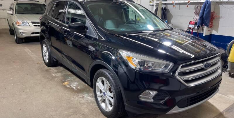 2017 Ford Escape for sale at Mulder Auto Tire and Lube in Orange City IA