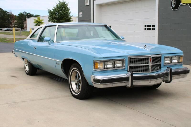 1975 Pontiac Bonneville for sale at Great Lakes Classic Cars in Hilton NY