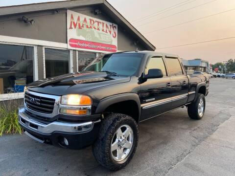 2006 GMC Sierra 2500HD for sale at Martins Auto Sales in Shelbyville KY