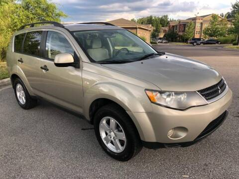 2007 Mitsubishi Outlander for sale at CVC AUTO SALES in Durham NC