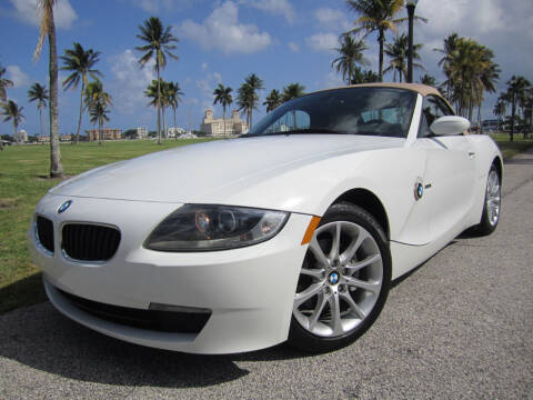 2008 BMW Z4 for sale at FLORIDACARSTOGO in West Palm Beach FL