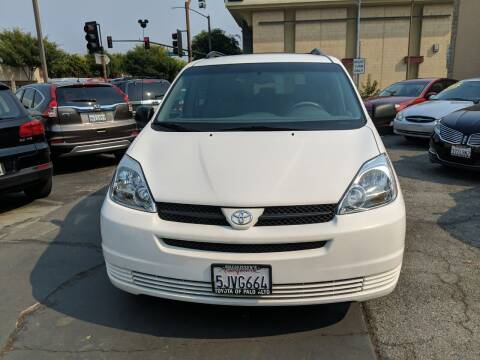 2004 Toyota Sienna for sale at Auto City in Redwood City CA