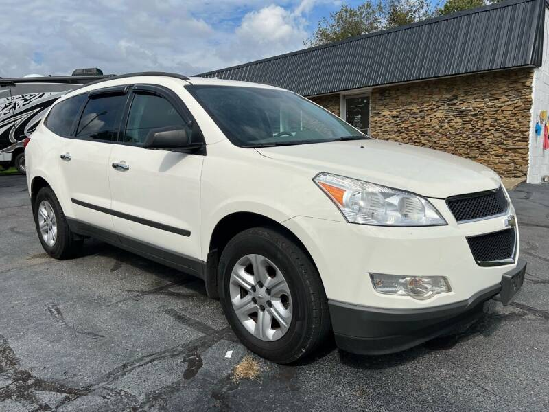 2011 Chevrolet Traverse for sale at Approved Motors in Dillonvale OH
