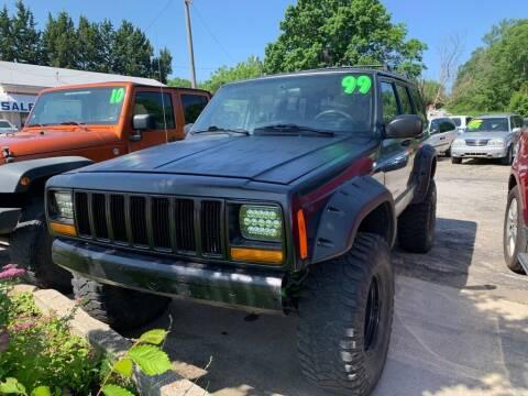 1999 Jeep Cherokee for sale at ALVAREZ AUTO SALES in Des Moines IA