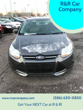 2013 Ford Focus for sale at R&R Car Company in Mount Clemens MI