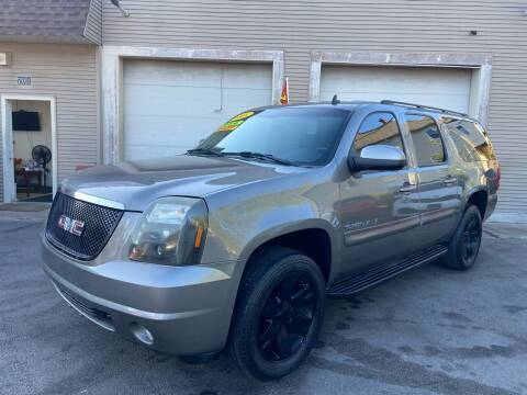 2008 GMC Yukon XL for sale at Global Auto Finance & Lease INC in Maywood IL