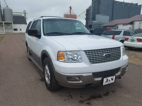 2004 Ford Expedition for sale at J & S Auto Sales in Thompson ND