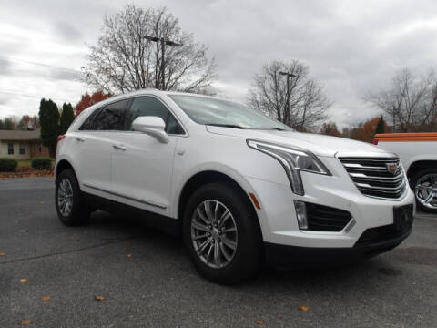 2017 Cadillac XT5 for sale at TAPP MOTORS INC in Owensboro KY