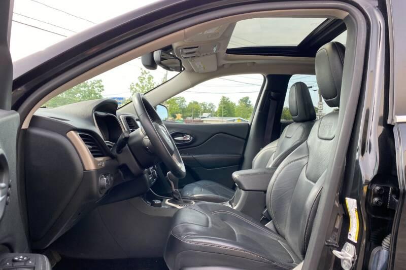 2015 Jeep Cherokee 4x4 Limited 4dr SUV - East Greenbush NY