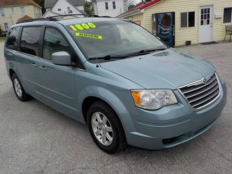 2008 Chrysler Town and Country for sale at SEBASTIAN AUTO SALES INC. in Terre Haute IN
