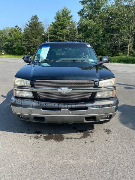 2005 Chevrolet Avalanche for sale at 390 Auto Group in Cresco PA