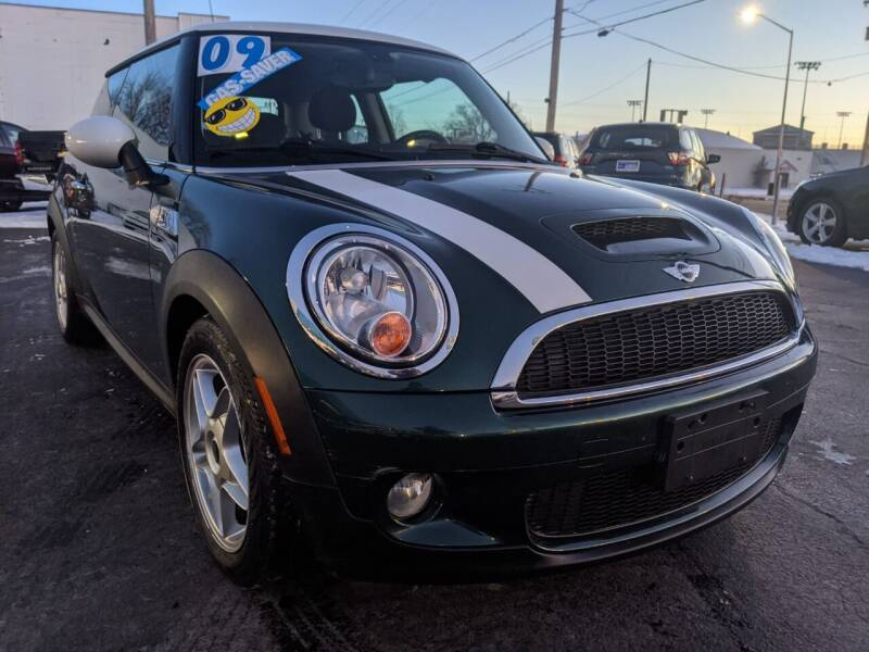 2009 MINI Cooper for sale at GREAT DEALS ON WHEELS in Michigan City IN