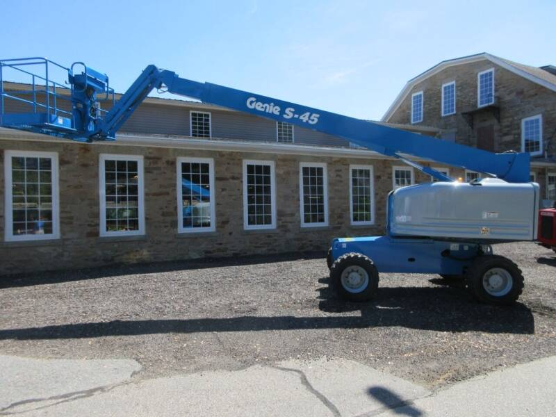 2013 GENIE S-45 for sale at ABC AUTO LLC in Willimantic CT