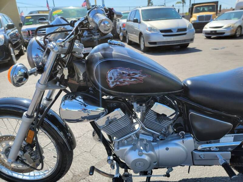 2011 Yamaha V STAR 250 for sale at A2B AUTO SALES in Chula Vista CA