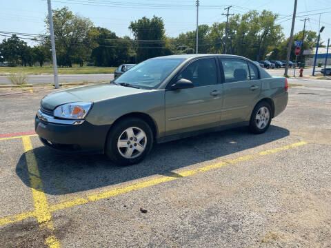 2004 Chevrolet Malibu for sale at Dave-O Motor Co. in Haltom City TX