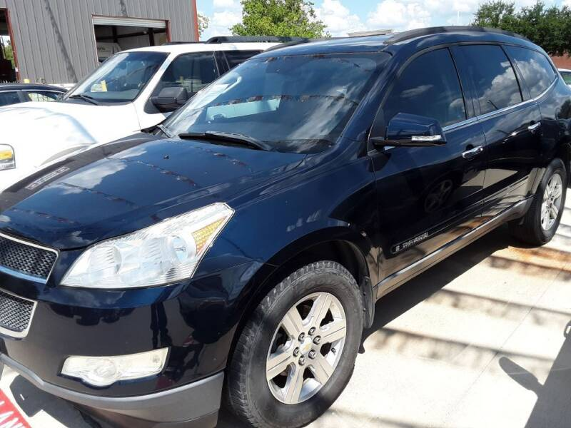 2009 Chevrolet Traverse for sale at SELECT A CAR LLC in Houston TX